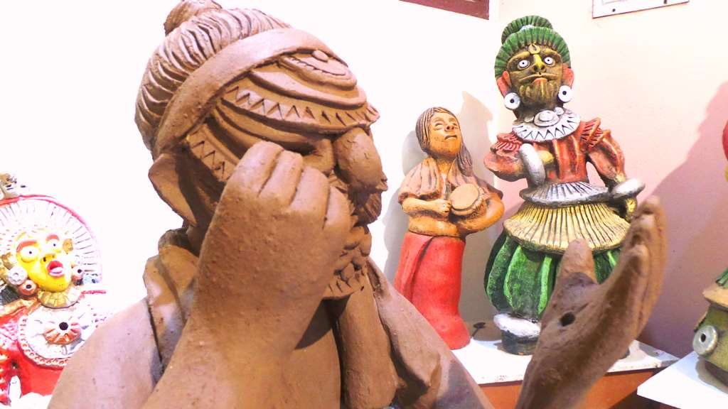Bhootaradhane Character in terracotta at Chitralaya Art gallery-by Terracotta artist Venki Palimar