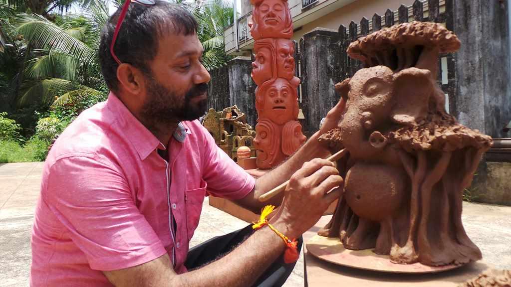 Vraksha Ganapathy -by Terracotta artist Venki Palimar