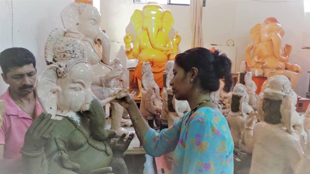 Ganapathi Idols in clay at mangalore. Mahesh Rao and wife Seema work in harmony