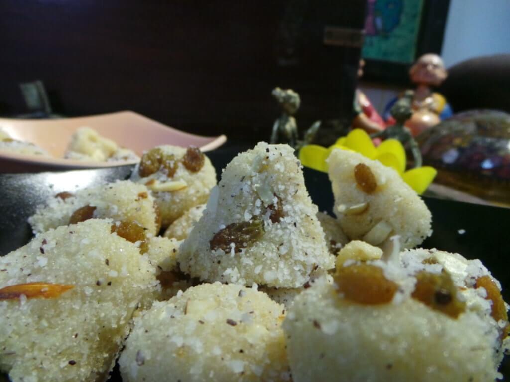 Diwali - Rava laddoos or pyramids or smileys?