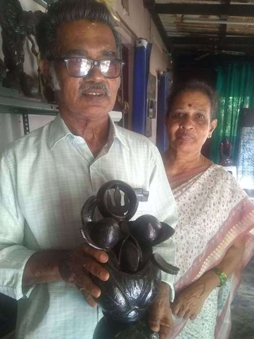 Coconut shell artist Venkatraman Bhat with his wife